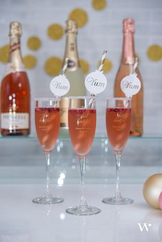 DIY Wedding Wednesday: How-To Set Up the Ultimate Bubbly Bar