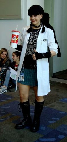 Abbi cosplay ~~HOLY CRAP!!!! that is so accurate, its scary Like, Comment, Repin !!
