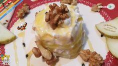 Il tortino di formaggio e pere è un abbinamento di ingredienti dolci e salati e agrodolci. Si crea in questo modo un contrasto di sapori