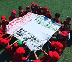 10 of our favourite photos from UAE Flag Day – What's On Dubai Kuwait National Day, Diy Valentines Cards, Product Photography, Photography Ideas, Dubai, Crafts For Kids, November 3, Class Room, Activities