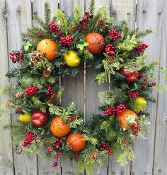 Winter Christmas wreath and decoration with fir branches. Discussion on LiveInternet - Russian Service Online Diaries