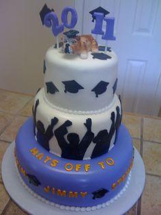 Graduation cake/tetyanaskitchen.com