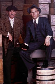 "Sean Connery y Kevin Costner en ""Los Intocables de Eliot Ness"", 1987 Kevin Costner, Love Movie, Movie Stars, Movie Tv, Movies And Series, Movies And Tv Shows, Old Movies, Great Movies, Movies Costumes"