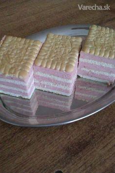 Jahodový nepečený zákusok Czech Recipes, Easy No Bake Desserts, Brownie Bar, No Bake Cake, Baking Recipes, Strawberry, Food And Drink, Pudding, Sweets