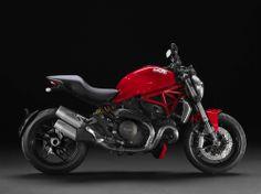 2014-Ducati-Monster-1200-in studio-