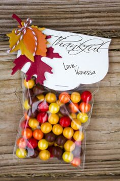 Thanksgiving Table Decor: Easy & Festive - Crafts Unleashed