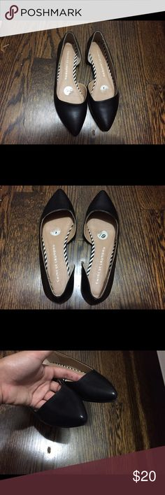 Chinese Laundry Flats Worn once. Can fit a 7. Chinese Laundry Shoes Flats & Loafers