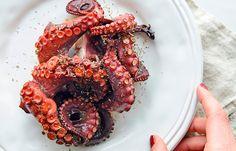 Χταπόδι #pestomenafai Shrimp, Meat, Food, Meals, Yemek, Eten
