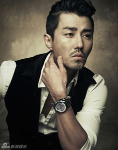 Cha Seung Won on @dramafever. Kdrama stars... in You're All Surrounded right now!