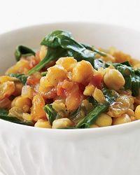 Σούπα με σπανάκι, ρεβίθια και σαφράν - gourmed.gr