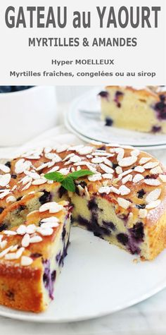 Blueberry and almond yogurt cake, soft - Another cake with super soft yogurt, blueberries (or blueberries) and almonds! Jar of yogurt (plain - Yummy Yoghurt, Yogurt Pie, Almond Yogurt, Gourmet Cakes, Food Cakes, Blueberry Yogurt Cake, Cheesecake Recipes, Dessert Recipes, Polynesian Food