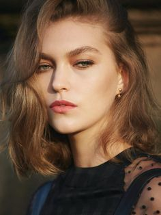 Those are some killer brows!  Arizona Muse, Sean & Seng Photoshoot for Vogue Turkey February 2014