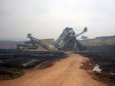 Mining Mayhem: Bucket-Wheel Excavator Collapse