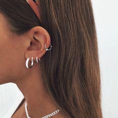 Ear Jewelry, Cute Jewelry, Jewelry Accessories, Jewellery, Ear Peircings, Cool Ear Piercings, Piercings Bonitos, Accesorios Casual, Piercing Tattoo