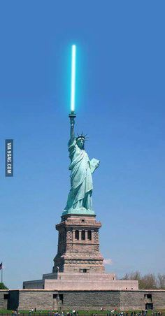 "Post with 37 votes and 1545 views. Tagged with star wars, jedi, movies and tv, lightsaber, statue of liberty; Shared by bergmama. Since ""anyone can be a Jedi"" now. Star Wars Jedi, Star Trek, Star Wars Love, Star Wars Art, Star Wars Humor, Love Stars, Cultura Pop, Lightsaber, Hero Arts"