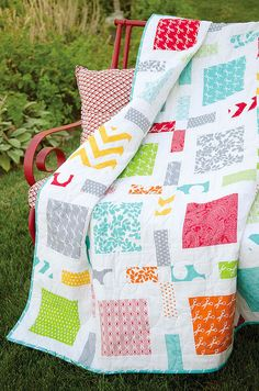 Simple modern quilt - Camille Roskelly.  This would look fabulous using 'Baby Jane' fabric line by Moda.
