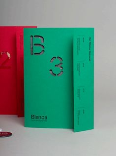 BLANCA by Lo Siento, original idea→ www.it/fonts/siruca. Print Layout, Layout Design, Print Design, Graphic Design, Print Format, Editorial Layout, Editorial Design, Magazine Design, Book Cover Design