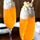 Orange Creamsicle Cocktail! If you like the popsicle, you'll love this creamsicle drink! A delicious cocktail that'll be festive throughout all holiday seasons.   HomemadeHooplah.com