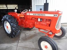 Chats Classic Allis Chalmers tractor restoration and sales. We restore and sell Allis Chalmers and D series tractors. We buy Allis Chalmers tractors and tractor parts Chevy Trucks Older, Old Ford Trucks, Lifted Chevy Trucks, Pickup Trucks, Allis Chalmers Tractors, Farmall Tractors, Old Tractors, Antique Tractors, Vintage Tractors