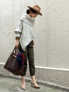 FRAMeWORKのニット・セーター「3G片畦オフタートルプルオーバー◆」を使ったari☆のコーディネートです。WEARはモデル・俳優・ショップスタッフなどの着こなしをチェックできるファッションコーディネートサイトです。