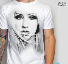 Christina Aguilera 3D