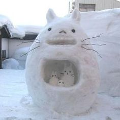IT`S A TOTORO SNOWMAN!!! FUTURE MC`FRIDGE WE HAVE TO MAKE THIS!!!!!!!