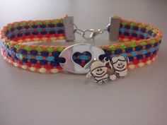 Pulseira Colorida C/ Medalha Coração e Casal