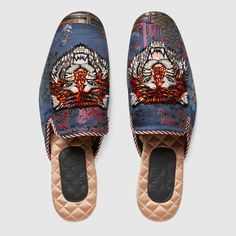 Gucci Jacquard evening slipper with Donald Duck Detail 3