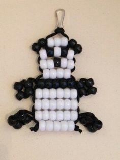 Panda Bead Pet Keychain by BeadPets on Etsy Pony Bead Projects, Pony Bead Crafts, Seed Bead Crafts, Beaded Crafts, Pony Bead Animals, Beaded Animals, Pony Bead Patterns, Beading Patterns, Crafts To Do