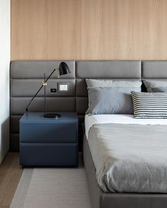 Modern rooms: 60 ideas to decorate a room in this style - Home Fashion Trend Modern Bedroom Design, Modern Room, Bed Design, Bachelor Bedroom, Classic Furniture, Home Fashion, Decoration, Bedroom Decor, House Styles