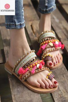 Bohemian Ethnic Style Flat Shoes Female Sandals Rhinestone Sandals Beach Slipper Klapki Damskie Na Lato Slippers Flip Flops Flat Sandals Outfit, Boho Sandals, Cute Sandals, Fashion Sandals, Women Sandals, Sport Sandals, Flat Shoes, Shoes Women, Summer Sandals