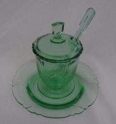 HEISEY-DEPRESSION-GLASS-EMPRESS-MOONGLEAM-GREEN-DOLPHIN-HEAD-MUSTARD-DISH-SET