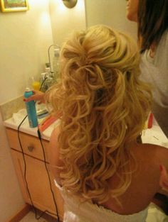 Curly with a bump love it!!!!! I want this for my wedding hairdo