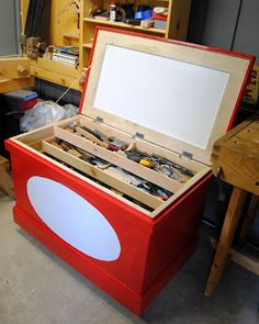 Inside the Oldwolf Workshop: Traditional Tool Chest