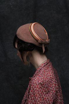 Vintage Hat . 1940s Tan Wool Cap . Satin Stripes . Pastel Felt
