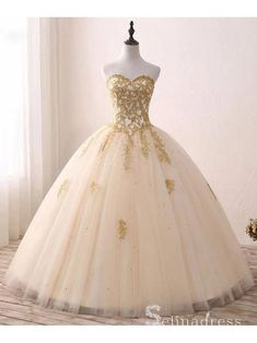 Cheap gold ball dresses, Buy Quality applique gown directly from China dress up Suppliers: Abaowedding gold quinceanera dresses vestido debutante ball gowns applique vestidos de 15 anos lce up long sweet 15 16 dresses Gorgeous Prom Dresses, Gold Prom Dresses, Long Prom Gowns, Ball Gowns Prom, Tulle Prom Dress, Cheap Prom Dresses, Ball Dresses, Tulle Lace, Champagne Quinceanera Dresses