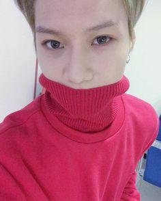 SHINee official Vyrl update with Taemin HOooOOoOLYY ♥.♥ #Taemim #leetaemin #shineetaemin #shinee #shawol #shineeworld #kpop #kpol4l #l4l #like4like #selca #handsome #pretty #korean #dancer #singer #artist