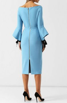 Scuba or similar mid length dress, two tone sleeve and back slit - pretty Modest Dresses, Sexy Dresses, Cute Dresses, Vintage Dresses, Casual Dresses, Short Dresses, Dresses For Work, Formal Dresses, Summer Dresses