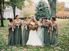 Traditional Wisconsin Wedding in warm fall tones via Magnolia Rouge Wedding Bridesmaid Bouquets, Winter Wedding Bridesmaids, Winter Bridesmaid Dresses, Bridesmaid Shawl, Green Bridesmaids, Dress Wedding, Forrest Green Bridesmaid Dresses, Vintage Style Bridesmaid Dresses, Fall Wedding Attire