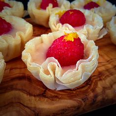 Excellent instructions for working with Phyllo. Seal cups with 1 beaten egg mixed with 1-2 Tbl water to keeps bottoms from being soggy.