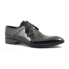 A delightful black patent formal shoe with punch out detail enveloping the heel and the laces. A touch of brogue and voila, the perfect patent shoe. Black Patent Shoes, Patent Leather, Derby Dress, Derby Shoes, Formal Shoes, Brogues, Black Tie, Dark Brown, Punch