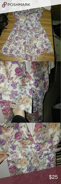 🐀Vintage Romper Where do I start?! You don't see these everyday! Definitely a blast from the past! Such a vibrant floral pattern that truly stands out! Has a matching vest and belt! These are the trend today! There are so many ways you can style this! Throw it on with a boho hat, platforms, fishnets, boots, groovy sunglasses, and hit the town! Perfect for Easter or Church! Tag says size 10, in my opinion it would fit a Medium or a Large perfectly! This won't last long, too many vintage…