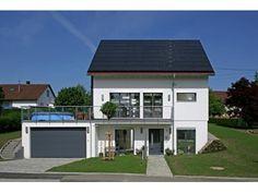 Walz - #Einfamilienhaus von Fertighaus Weiss GmbH | HausXXL #Stadthaus #Fertighaus #klassisch #Satteldach