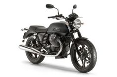 MOTO GUZZI V7...  My crush :(