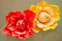 16 Best Ideas For Chocolate Bouquet Tutorial Ferrero Rocher Crepe Paper Crepe Paper Flowers, Fabric Flowers, Faux Flowers, Diy Flowers, Candy Crafts, Paper Crafts, Chocolate Flowers Bouquet, Candy Bouquet, Flower Tutorial