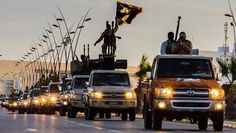 Terroristas del Estado islámico huyen de Siria a Irak tras los bombardeos rusos