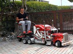 Custom Built 1:4 Scale Peterbilt 359 RC Truck Model - Unfinished Man