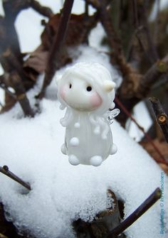 Sweet+little+Snow+Fairy+glassbead+by+Glaskralen+on+Etsy