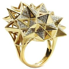 John Brevard Stellated Star Diamond Gold Ring ($12,000) ❤ liked on Polyvore featuring jewelry, rings, gold, round diamond ring, 18 karat gold ring, statement rings, diamond rings and gold ring