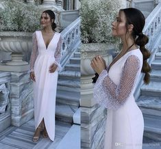 18 Wedding Dresses that Matches the Classic Wedding Venue St Wedding Dresses Plus Size, Modest Wedding Dresses, Cheap Wedding Dress, Boho Wedding Dress, Bridal Dresses, Wedding Beach, Gown Wedding, Wedding Reception Gowns, Lace Ball Gowns